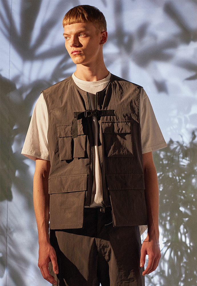 Waterproof Scout VEST_ Charcoal