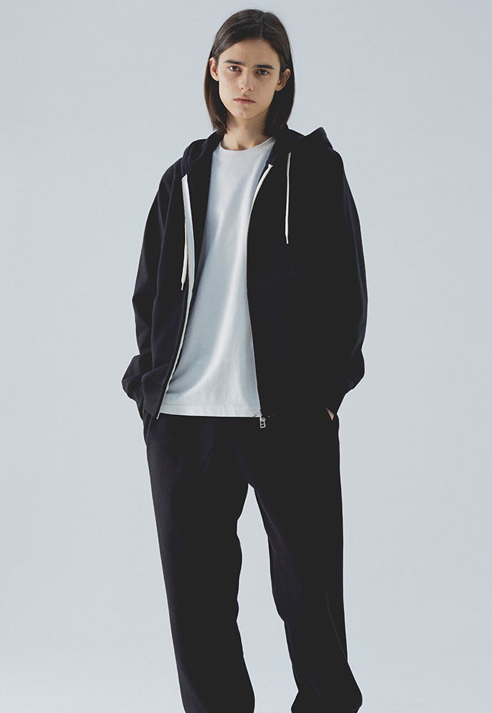 Heavy Hooded Sweat Shirt(zipup)_ Black