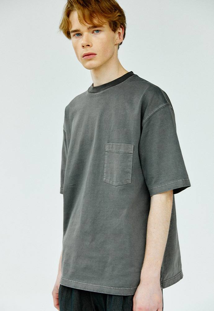 One Pocket Garment Dyeing T-Shirts_ Charcoal