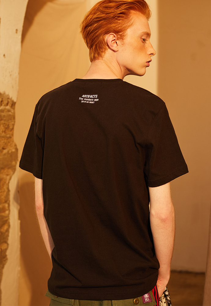 Artifacts Objet Tee 01_ Black