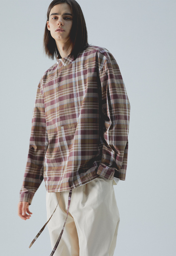 High Neck Pullover Shirts_ Check Brown